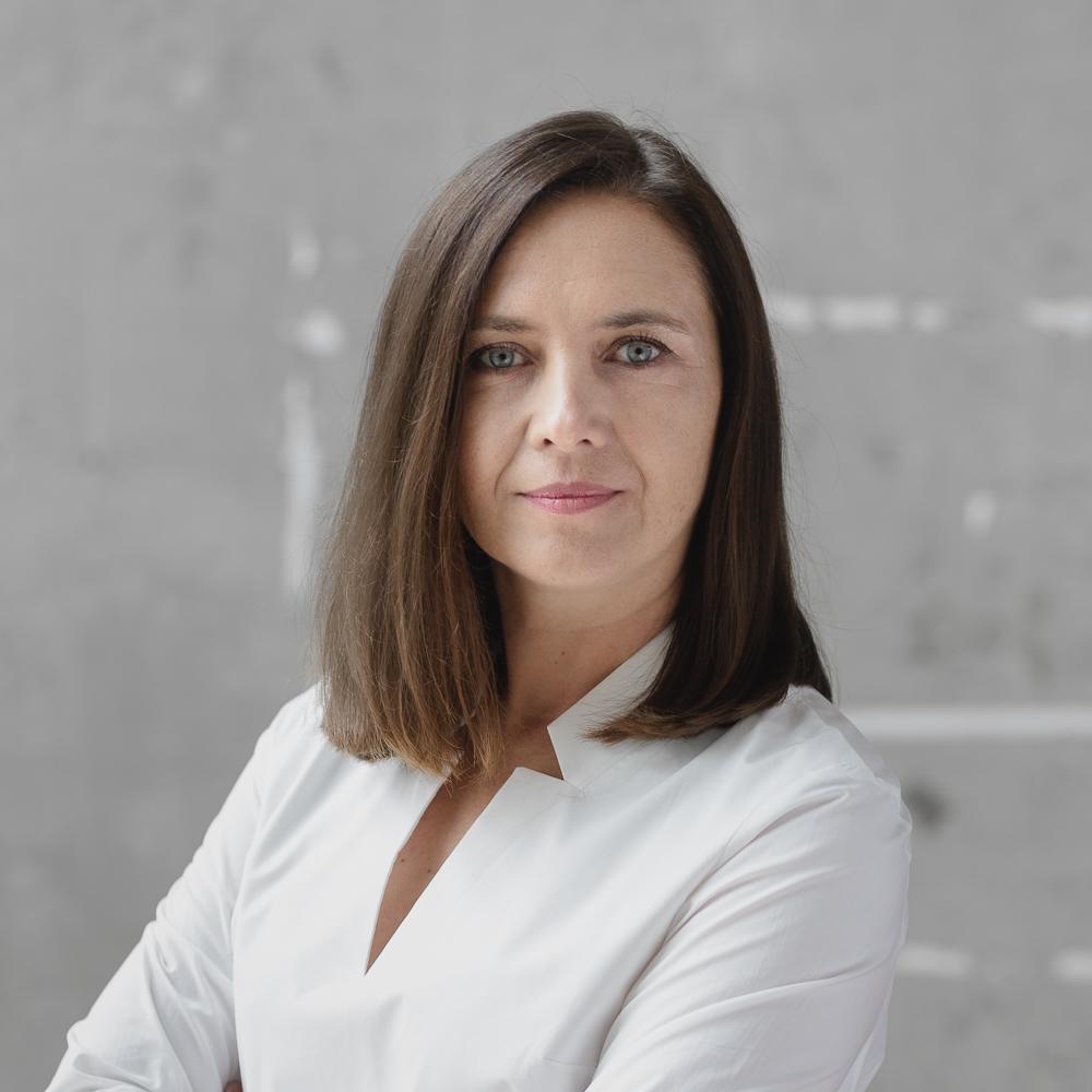 https://asp.katowice.pl/files/profiles/36/justyna_kucharczyk.jpg